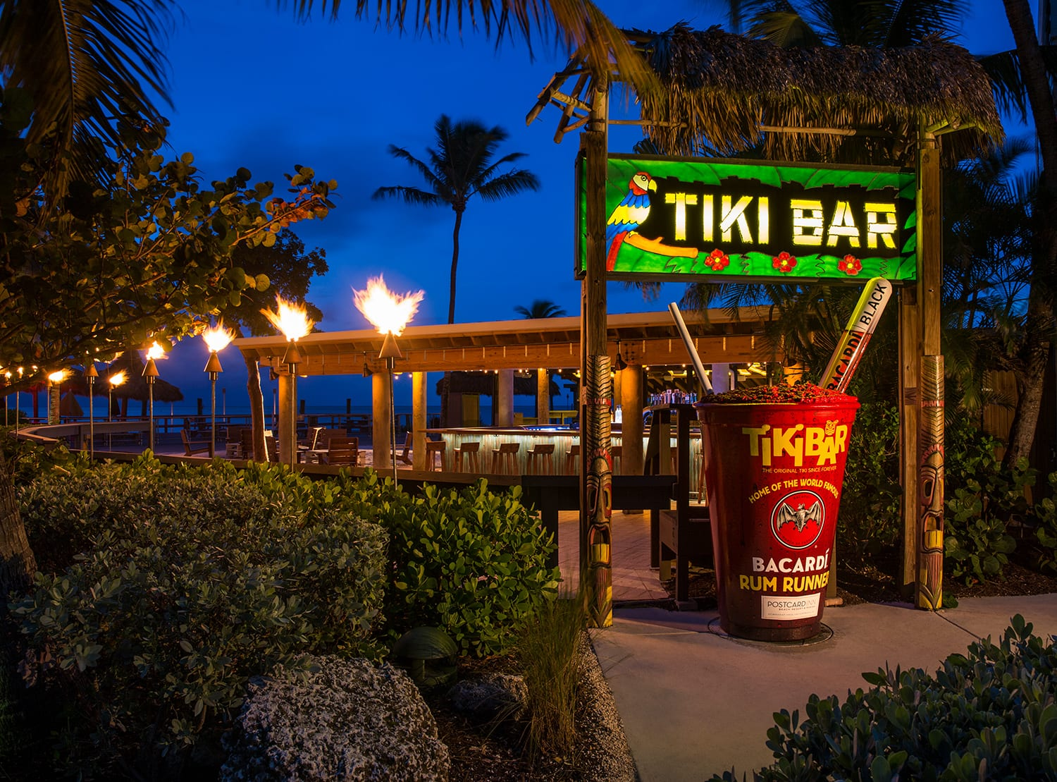 Tiki Bar At The Postcard Inn Bigtime Design Studios