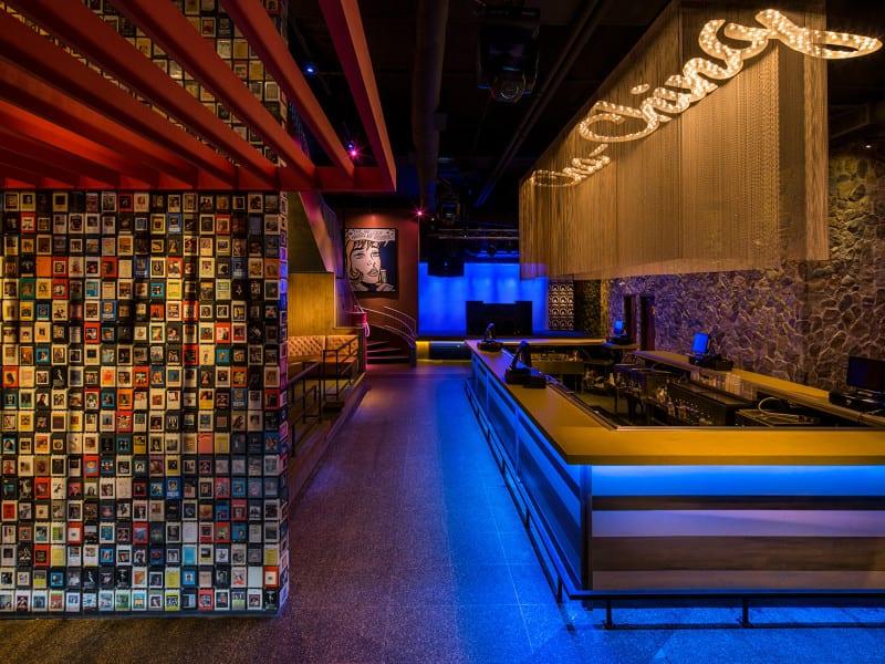 Nightlub Design - Cash Only Bar - Fort Lauderdale